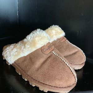 Clapping slippers